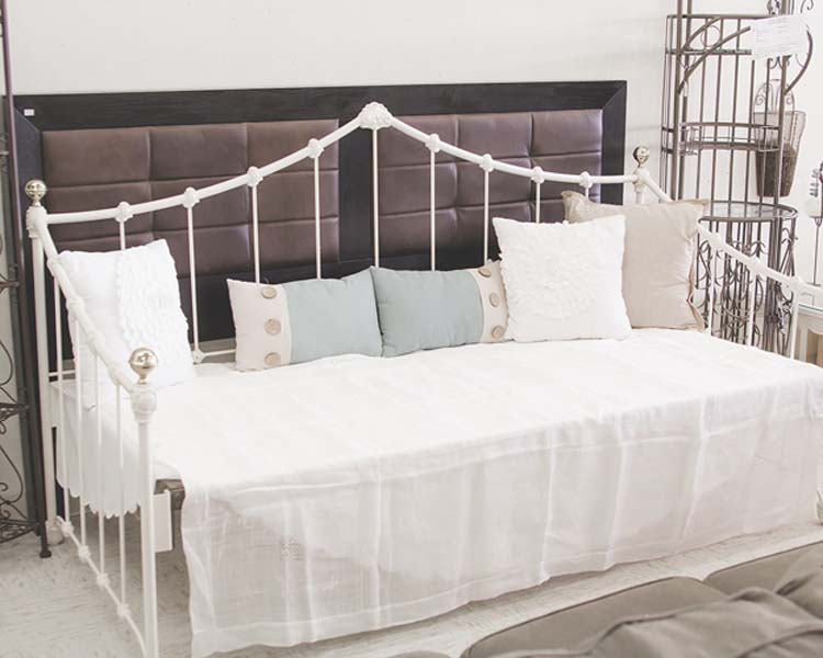 ome furnishings - bed